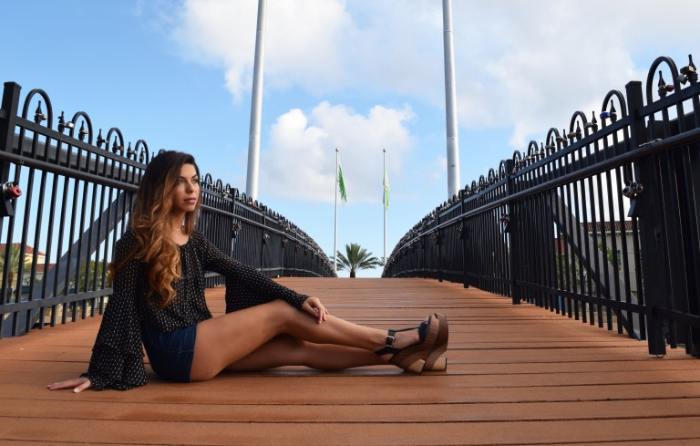 sitting-bridge-1